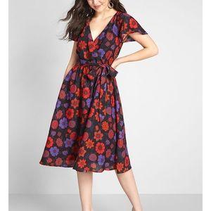Modcloth Fits of Bliss Short Sleeve Dress